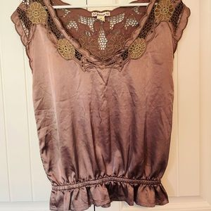 Delicate Gold Stitch Sleeveless Top